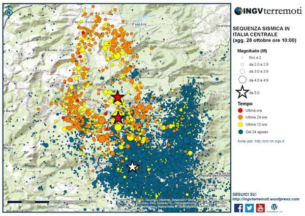 Mappa della parte settentrionale della sequenza sismica dal 24 agosto al 28 ottobre 2016 (ore 10.00). La stella bianca è l'evento di magnitudo 5.4 del 24 agosto. Le due stelle rosse sono i terremoti del 26 ottobre (fonte: INGV)