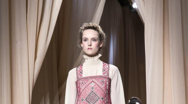 Valentino - Runway - Paris Fashion Week Haute Couture Collection S/S 2015