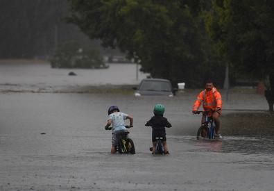 Maltempo in Australia, continuano le evacuazioni a Sydney (ANSA)