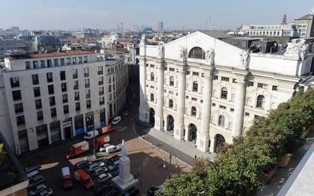 61f0b97244 Borsa: Milano apre in calo dello 0,5% - Ultima Ora - ANSA.it