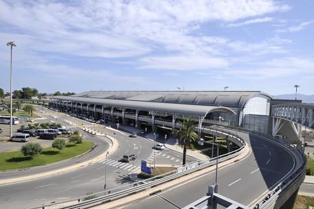 Alitalia: partito da Cagliari l