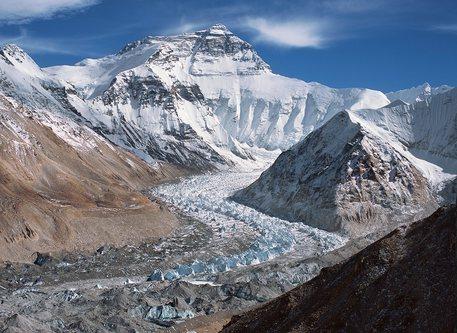 Coronavirus, l'India vede l'Himalaya