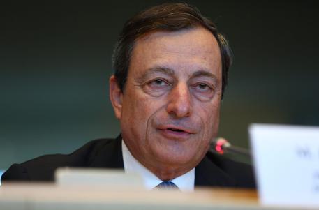 Covid: Varato il nuovo decreto, in CdM scontro sul coprifuoco ma Draghi si impone thumbnail