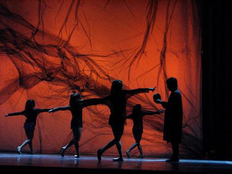 'Corpo di ballo', dietro le quinte della Scala thumbnail