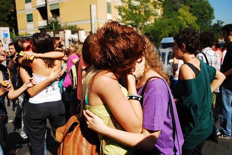 Omofobia: Pd-5s-Leu-Iv contro Lega al Senato, ddl va discusso thumbnail