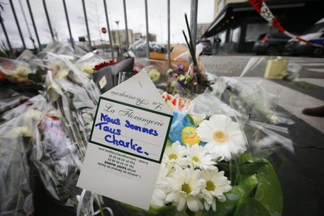 Charlie Hebdo, calciatore marocchino su Facebook: '12 morti sono pochi'