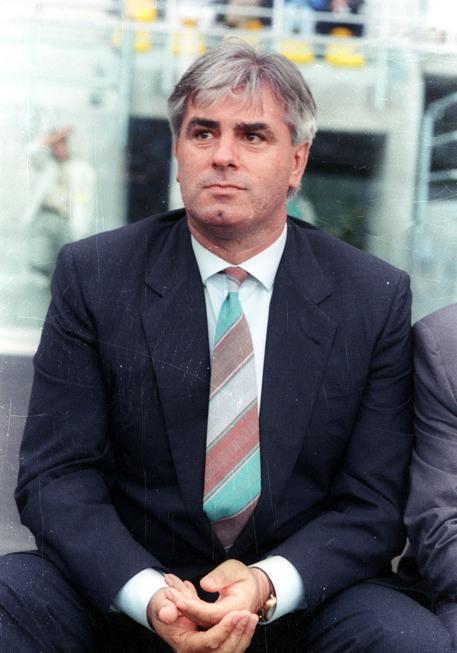 Maifredi risarcisce agente di polizia - Calcio - ANSA.it