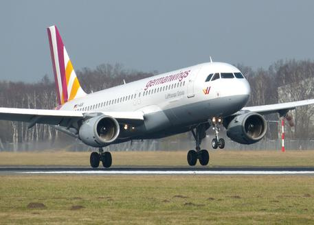 Germanwings devia aereo Bonn-Venezia, perde carburante © AP