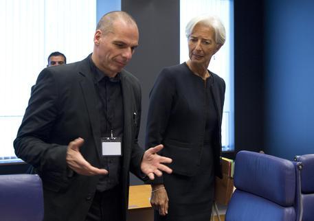 Yanis Varoufakis con Christine Lagarde (ANSA/AP Photo/Virginia Mayo) © AP