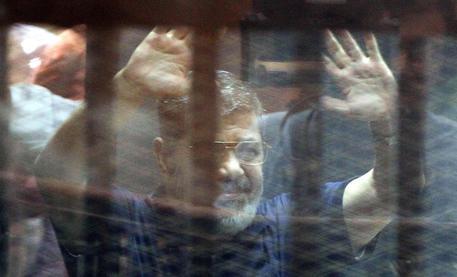 L'ex presidente egiziano Mohamed Morsi © ANSA