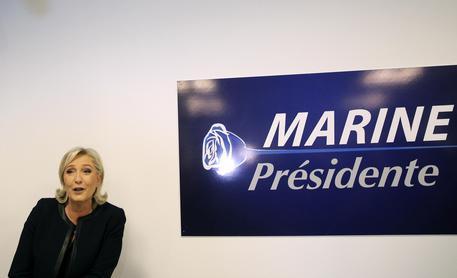 Marine Le Pen cambia tutto per lanciare la sua campagna presidenziale © AP