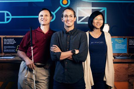 Il team Accessibility di Facebook: da sinistra Matt King, Accessibility Specialist in UI Engineering; Jeff Wieland, Head of Accessibility; Shaomei Wu, Data Scientist © ANSA