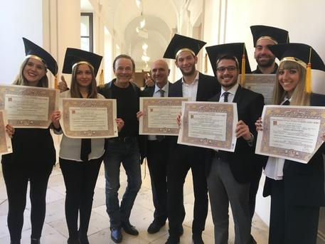 Università: a Bari cerimonia consegna pergamene digitali ...