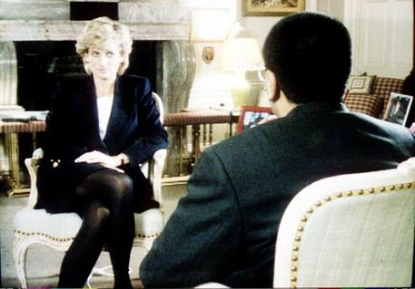 L'intervista della Bbc a Diana fu frutto di un raggiro thumbnail