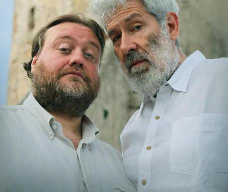 Stefano Fresi e Alessandro Benvenuti in Don Chisci@otte © ANSA