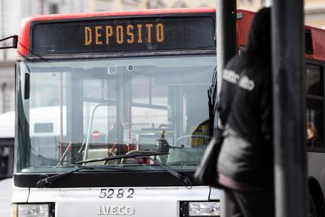 Autista bus aggredito da 15enni ubriachi