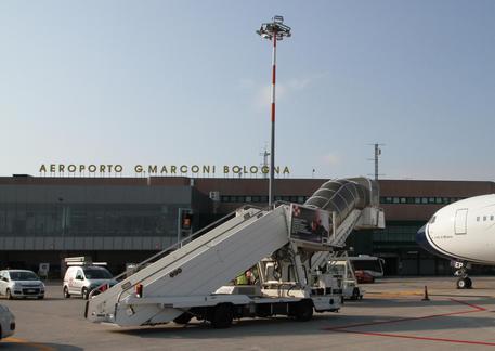 Passeggeri Perdono Volo Per Aeroporto Arrivati Tardi Emilia Romagna Ansa It