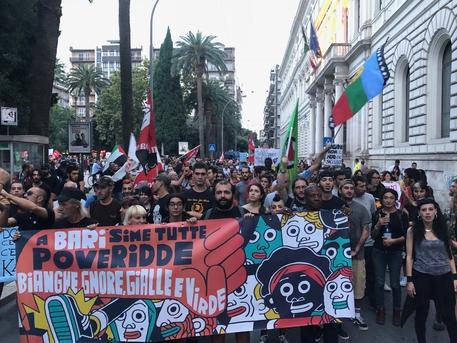 Manifestazione a Bari contro la Lega © ANSA