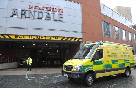 Four hurt as man arrested in Manchester Arndale stabbings © EPA