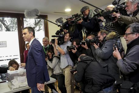 Il premier spagnolo Pedro Sanchez © AP