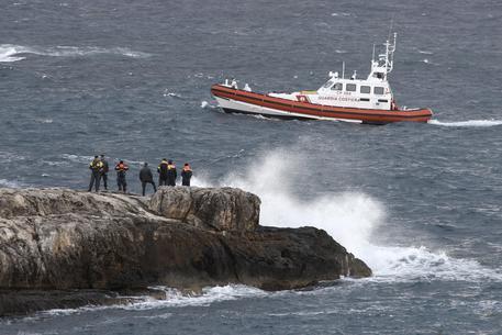 Naufragio di Lampedusa, trovati i corpi di cinque donne