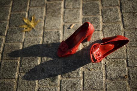 giornata mondiale contro la violenza sulle donne mattarella violenza sulle donne e emergenza pubblica politica ansa https www ansa it sito notizie politica 2019 11 25 giornata internazionale contro la violenza sulle donne 2b271652 b05d 4b3e aeb0 02f30660d74a html