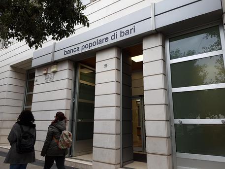 Una filiale della Banca Popolare di Bari © ANSA
