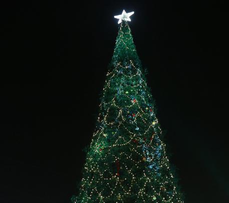 Vendita Regali Di Natale Riciclati.Natale 3 3 Mld Di Risparmi Grazie Al Riciclo Dei Regali Economia Ansa