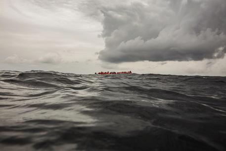 Migranti: naufragio Tunisia, almeno 34 morti © ANSA