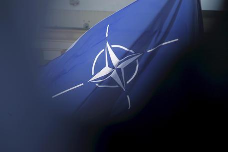 Nato, il ritiro dall' Afghanistan è iniziato thumbnail
