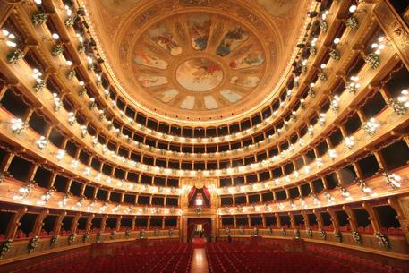 Il Teatro Massimo di Palermo © ANSA