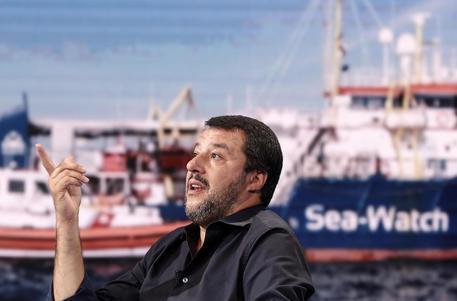 Migranti: Salvini,a Draghi porteremo modelli altri paesi thumbnail