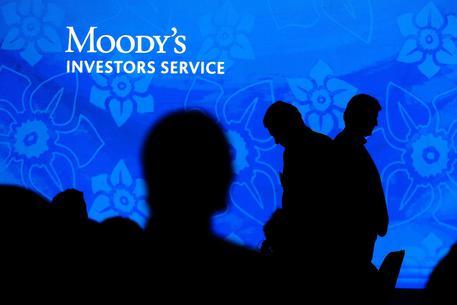 Covid: Moody's, da riaperture spinta a crescita thumbnail
