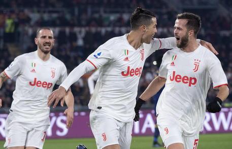 Serie A 2 1 Alla Roma Juve Campione D Inverno Calcio Ansa
