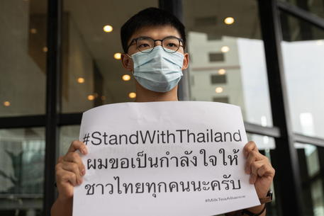 L'attivista Joshua Wong durante una protesta © EPA