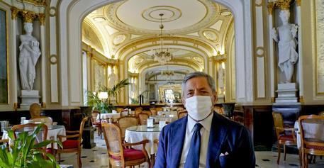 Lo storico caffè Gambrinus di Napoli © ANSA