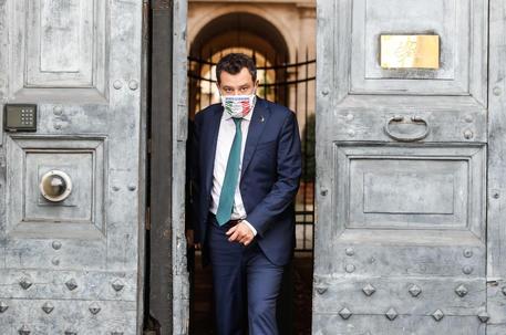 Il segretario della Lega Matteo Salvini all'ambasciata francese a Roma © ANSA