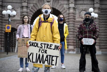 Clima: Greta, obiettivi dei leader insufficienti thumbnail