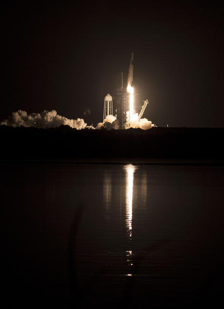 SpaceX Crew-1 Launch © EPA