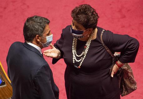Teresa Bellanova e Matteo Renzi © ANSA
