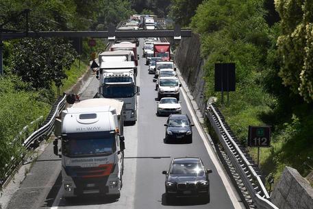 67 sindaci chiedono un commissario per autostrade liguri thumbnail