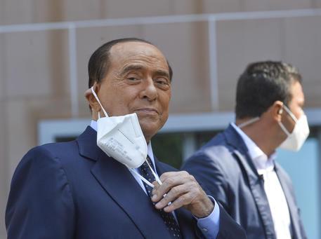 Berlusconi, Ronzulli, non è tempo di coccodrilli thumbnail
