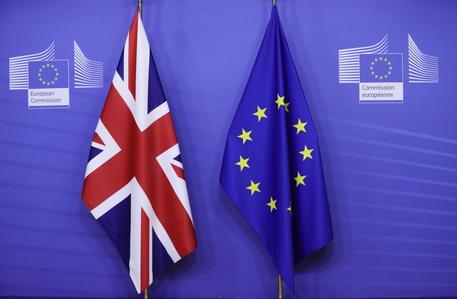 Brexit: Eurocamera vota accordo Ue-Gb il 27 aprile thumbnail