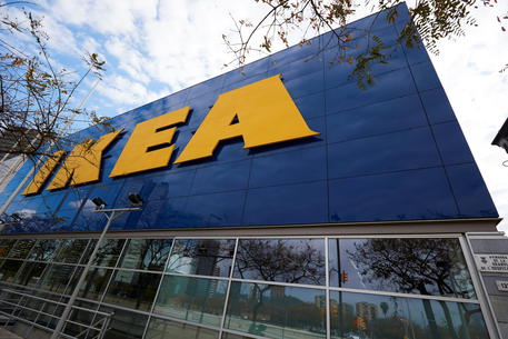 Multa da 1 milione di euro a Ikea in Francia per aver fatto spiare i dipendenti