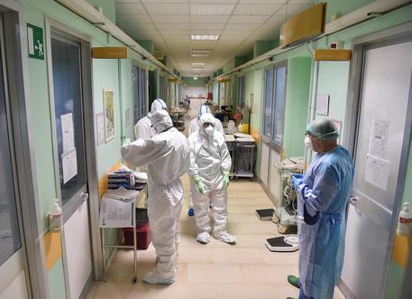 Coronavirus: trasferito intero reparto all'ospedale di Savona ...