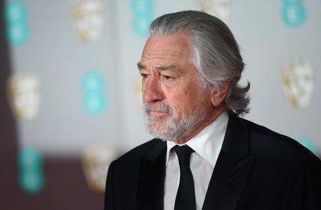 Infortunio a una gamba per De Niro in Oklahoma thumbnail