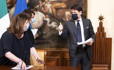 Italy: Cabinet Meeting © EPA