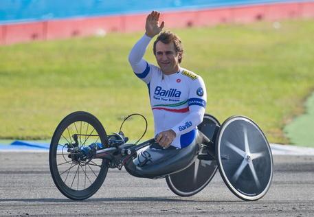 Atleta di handbike del team Zanardi investito da un tir, grave Gioacchino Fittipaldi thumbnail
