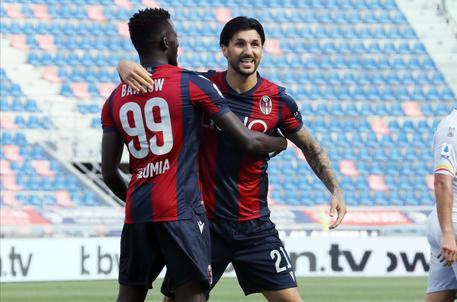 Bologna-Lecce 3-2: 45' (+3) contropiede a campo aperto, Gabriel respinge tentativo di Santander, Orsolini per Barrow che insacca. © ANSA