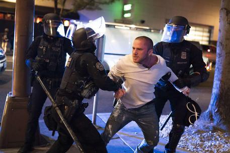 Trump, la violenza Portland si ferma solo con la forza - Mondo - ANSA